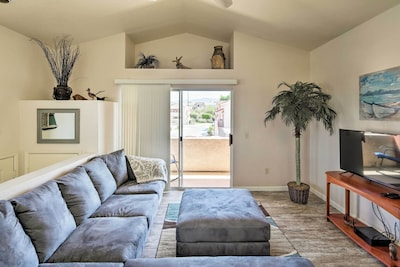 This Lake Havasu City condo is perfect for couples or single travelers!
