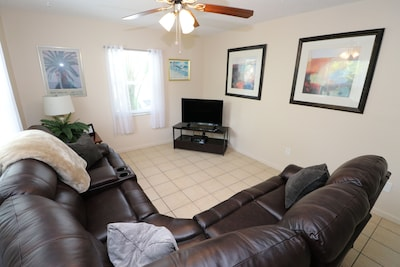 Tarpon Springs Apartment