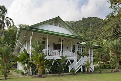 Dante Alighieri Cultural Center, San Vito, Puntarenas Province, Costa Rica