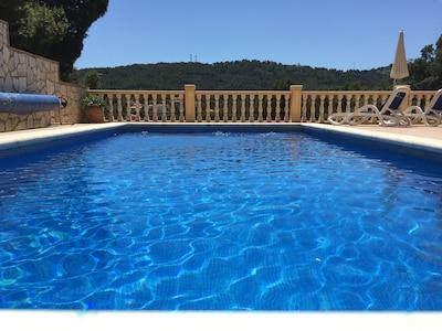 9 metre pool with springboard
