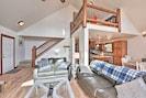 Living Room | Satellite TV | Gas Fireplace