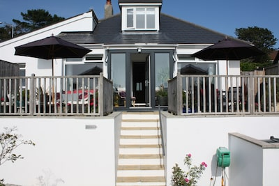 LINTON - Luxury 3 bedroom, 3 en suite semi detached house. Sleeps 6