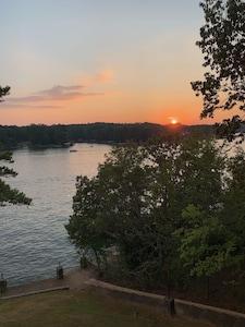 Beautiful Sunsets Nightly