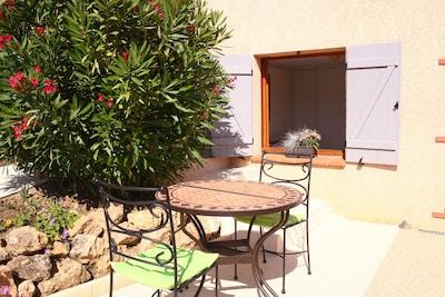Chambre avec SDE au rdc d'une villa