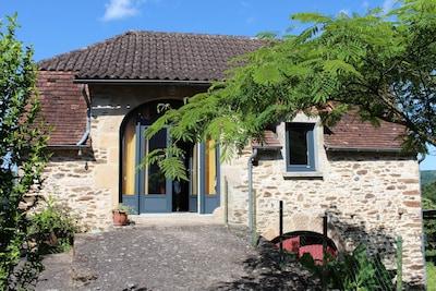 grange typique du Quercy aménagée