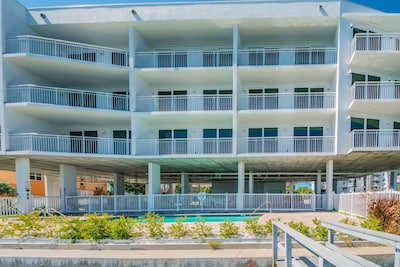 Bay Front Suite Looking from Gulf Intracoastal