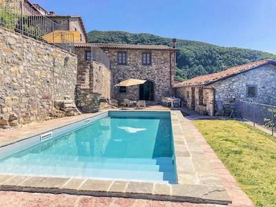 Casale con piscina privata e splendida vista panoramica !!!