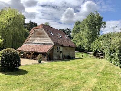 Oak barn - private access and gardens