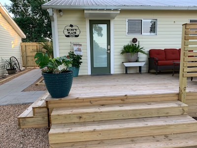 Entry from patio/deck