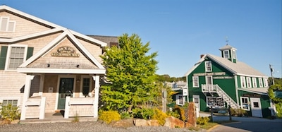 Back Bay Cottage, next to the Chowder House in downtown Boothbay Harbor