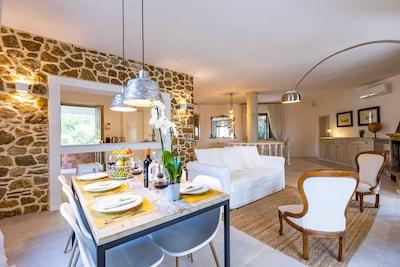 VillaCesarina:Amazing renovated Villa with Pool_Villa ristrutturata con Piscina