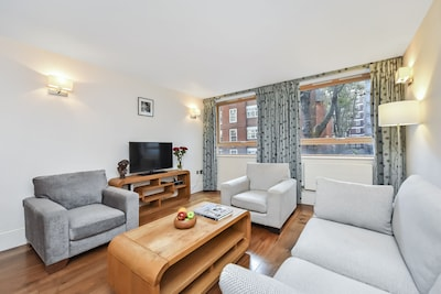 Stylish apartment in the historic Bloomsbury quarter