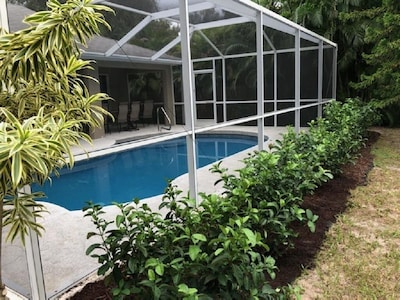 Enjoy the lovely piece of paradise in Rotonda Heights.
