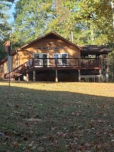 Oh.Be.Joyful Lake cottage