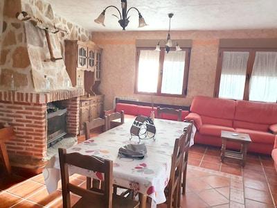 Navaluenga, Castille-et-León, Espagne