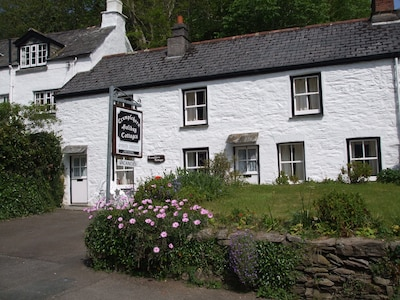 Crumplehorn Cottage No1 in Polperro - Perfect for 2