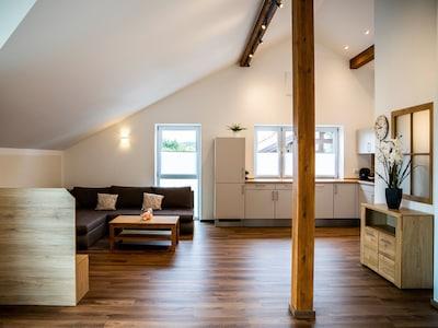 Ferienwohnung Magnolie bis 4 Personen, Balkon, 104 qm-Wohnküche