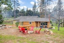 Log House - with fire pit and picnic table hand-crafted from trees nearby