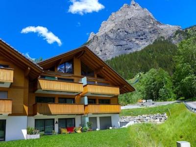 Oeschinensee Kandersteg Gondola, Kandersteg, Canton of Bern, Switzerland