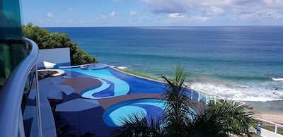 Ap 2/4 100m2, com vista fantastica para o mar, piscina aquecida, academia.