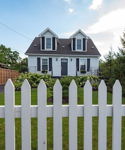 Welcome home to the Secret Garden Cottage!