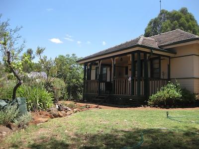 Goldenrose Cottage