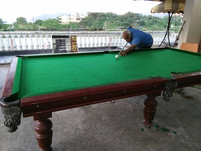 Lonavala 4 bedroom villa with pool and games