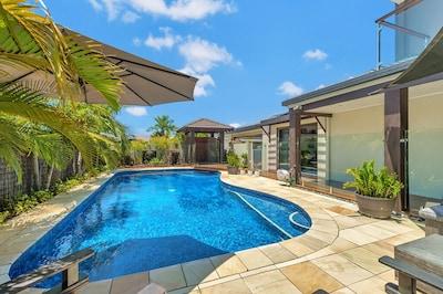 Paradise Point, Gold Coast, Queensland, Australia