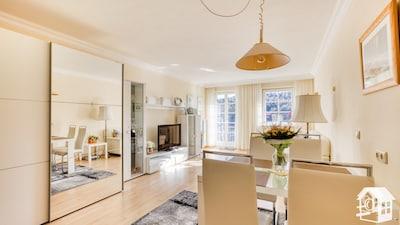 Wohnraum von de Küche aus gesehen