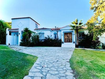 Grand Villa in Sotogrande with private pool
