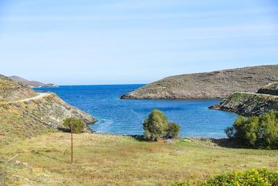 Skýlou Beach, Kithnos, South Aegean, Greece