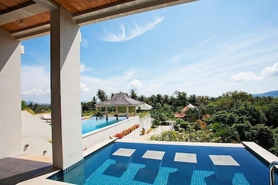 Ocean Breeze  5 Bed Villa with Private Pool in Rawai Phuket