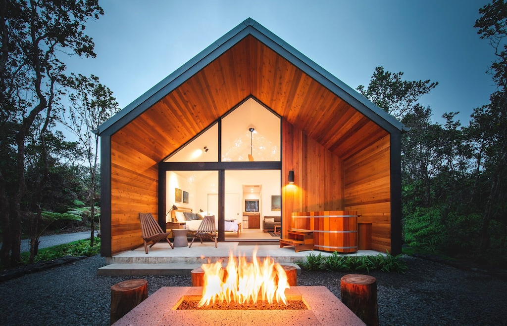 Both VRBO and Airbnb Hawaii list this cabin with firepit