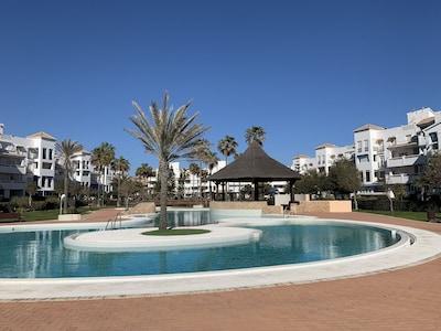 """Apartamento en la ubicación """"Top Beach"""" / al lado del golf y el puerto deportivo 😎⛱⛳🏌️♂️⛵"""