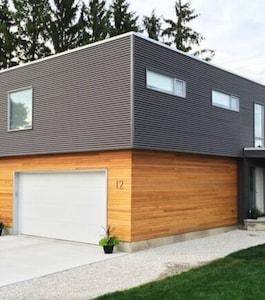 Perth East, Ontario, Canada