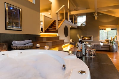 Hydrotherapy spa bath with 32 jets