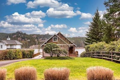 Siltcoos Lake, Westlake, Oregon, United States of America