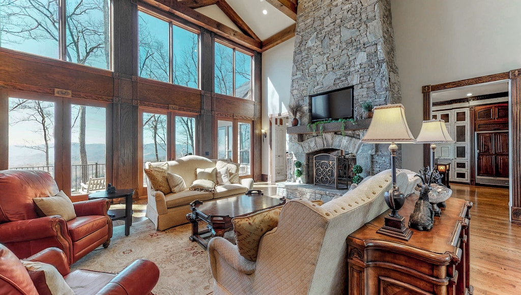 Magnificent Luxury Home Near Highlands As Featured On Discovery Channel Dillard