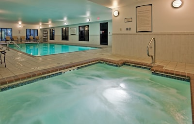 Enjoy excellent on-site amenities, including the shared hot tub.