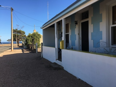 Newly Renovated Spacious Home located in Wallaroo
