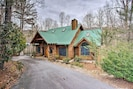 The vacation rental sits less than 5 miles from Sapphire Valley Resort.