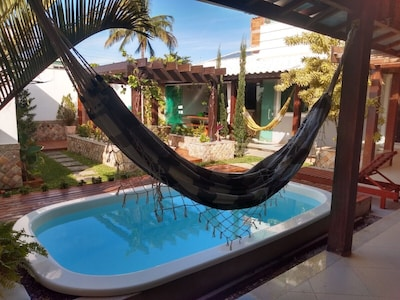 Casa duplex aconchegante com piscina e banheira de hidromassagem
