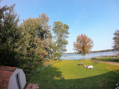 Silver Wood Cottage by Lake Simcoe!