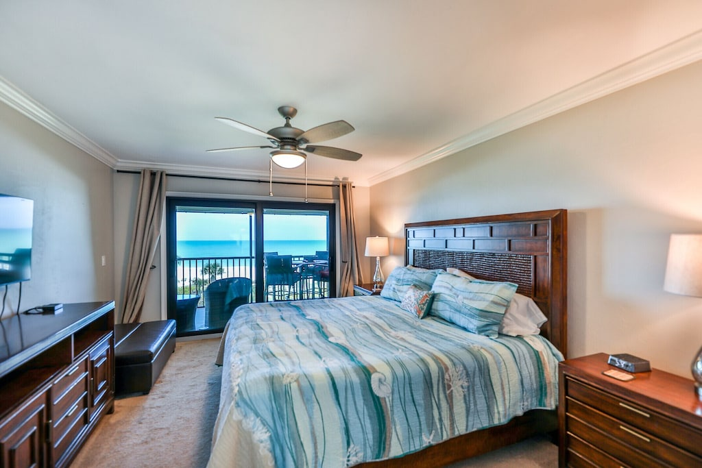 Master bedroom has ocean views and access to the lanai.
