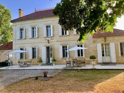 Saint-Pey-de-Castets, Gironde, France