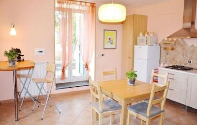 """Appartamento """"B"""" in villa con giardino,  parcheggio e Wi-Fi"""