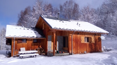 Large, quiet and confortable chalet, middle of nature, easy to access.
