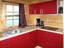 Countertop, Cabinetry, Zimmer, Küche, Möbel, Eigentum, Sinken, Interior Design, Herd, Haus