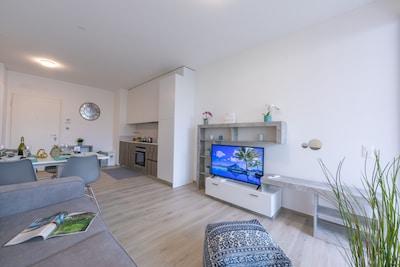 Wohnzimmer mit TV und Wifi