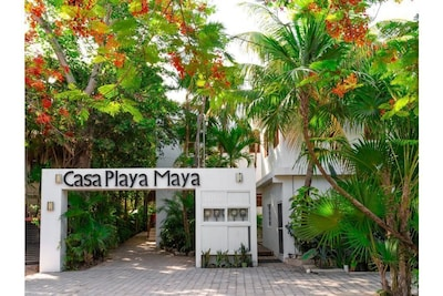 Casa Playa Maya welcomes you.  Pictures yourself here and heading for the beach